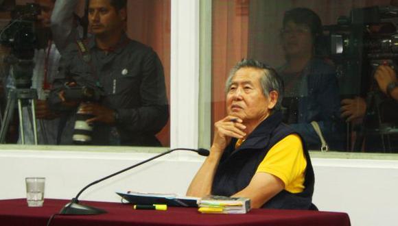 Juez resolverá si reponen o no teléfono a Alberto Fujimori