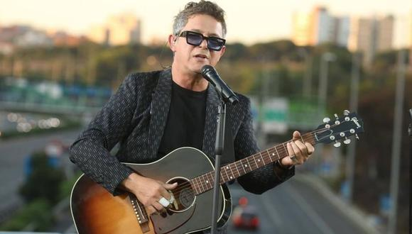 Alejandro Sanz ofreció concierto en el Puente del Corazón Partío en España. (Foto: @madrid)