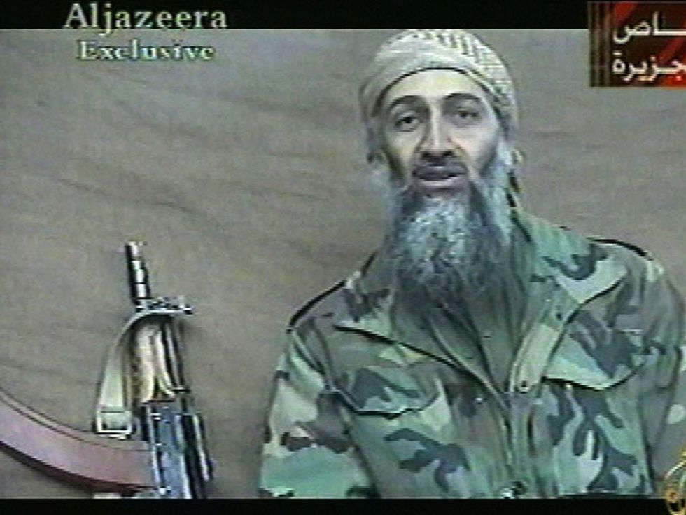 El fundador de Al Qaeda Osama Bin Laden en una imagen del 26 de diciembre del 2001. (AP).