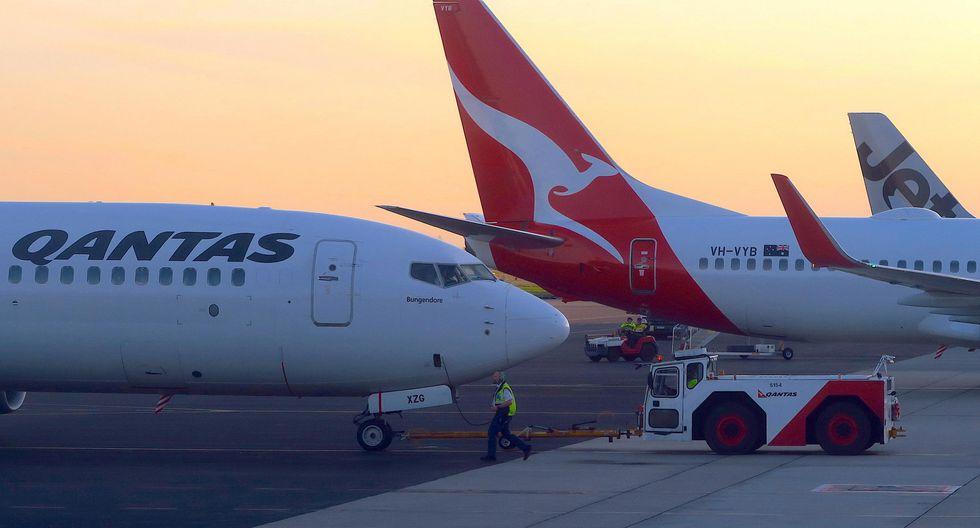 Qantas Airways, de Australia, suspendió la mayoría de su fuerza laboral de más de 30 mil personas y canceló todos los vuelos internacionales desde finales de marzo hasta por lo menos fines de mayo. (Foto: Reuters)