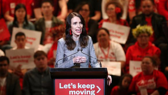 La primera ministra de Nueva Zelanda, Jacinda Ardern, asiste al lanzamiento de la campaña electoral del Partido Laborista en Auckland el pasado 8 de agosto de 2020. (Foto de MICHAEL BRADLEY / AFP)