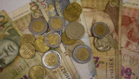 El dólar sigue por encima de los S/4 en el mercado peruano. (Foto: GEC)