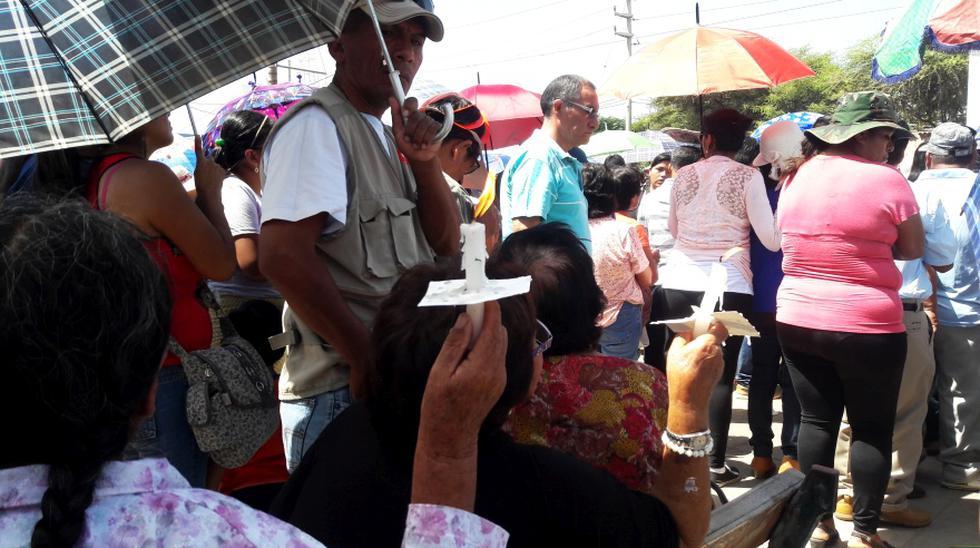Semana Santa en Ica: fieles rezan al Señor de Luren bajo el sol - 1