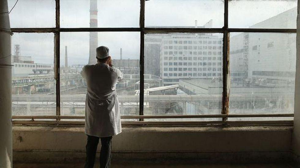 Los medios extranjeros ejercieron presión sobre la Unión Soviética para que publicara información sobre Chernobyl. SEAN GALLUP/GETTY IMAGES, vía BBC Mundo