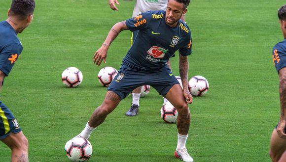 Neymar reaparecerá en los campos vistiendo la camiseta de Brasil. (Foto: EFE)