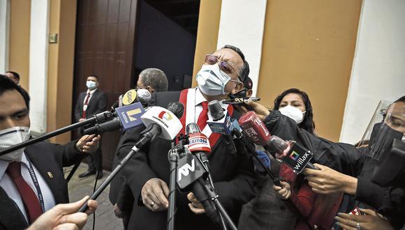 Edgar Alarcón, presidente de la Comisión de Fiscalización, tendrá 30 días más para concluir la investigación por el caso Richard Swing (Foto: Joel Alonzo/Grupo El Comercio)