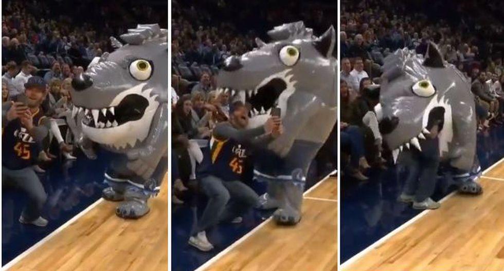 Una acción curiosa ocurrió en el entretiempo de un partido de baloncesto de NBA en Utah. El video fue publicado en Twitter. (Foto: captura de video)