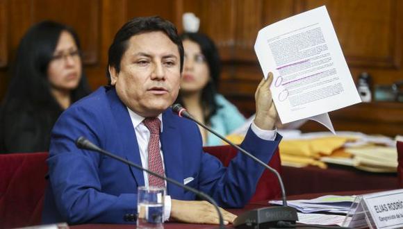 Preinforme recomienda investigar a Elías Rodríguez por plagio