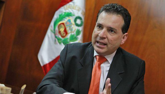 """""""Seguiremos trabajando sin descanso por mejorar las condiciones políticas de nuestra Patria y salvaguardar el bienestar de todos los peruanos"""", manifestó Chehade. (Foto: Andina)"""