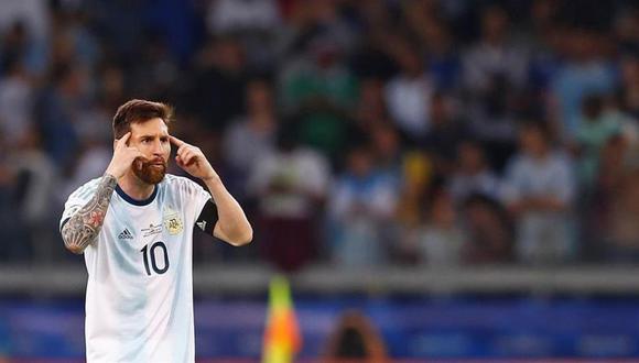 Criticado por perder tres finales con Argentina, Lionel Messi afronta esta noche (7:30 p.m.) ante Brasil la posibilidad de seguir soñando con el título de la Copa América. (Foto: EFE)