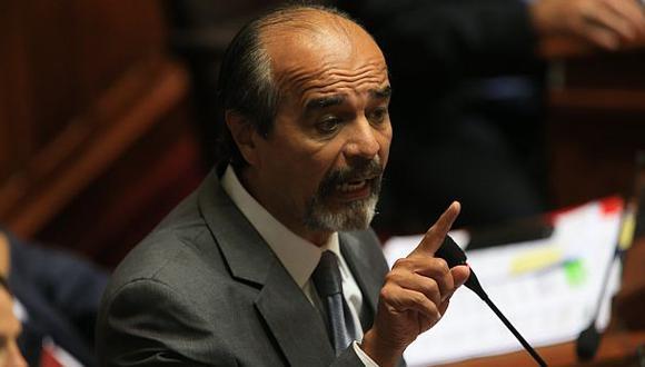 Mauricio Mulder dijo que no renunciará a ser miembro de la comisión que investigará los nexos del caso Lava Jato en el Perú. (Foto: El Comercio)