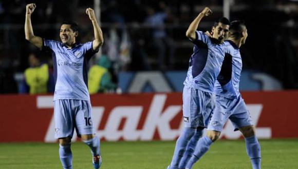 Copa Libertadores: Bolívar marcó un gol de 30 metros ante Lanús