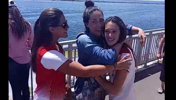 Natalia Cuglievan celebró con hermanas oro en Toronto (VIDEO)
