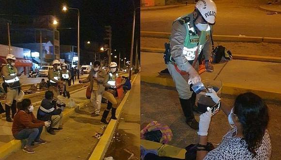 Policías de la Unidad de Tránsito de Piura tuvieron un acto de desprendimiento con los familiares de los afectados con COVID-19. (Fotos: GEC)