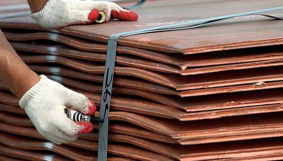 Las existencias de cobre se redujeron a 197,025 toneladas en la Bolsa de Metales de Londres. (Foto: AFP)