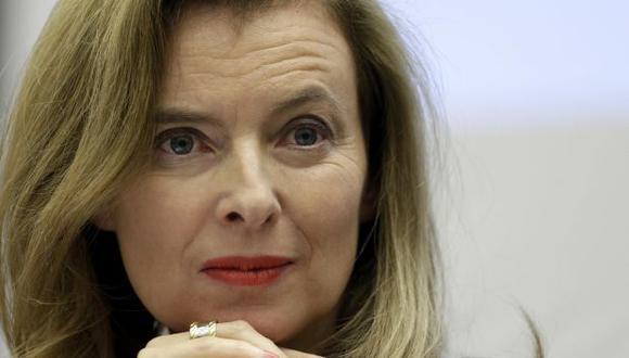Novia de Hollande hospitalizada tras escándalo de infidelidad