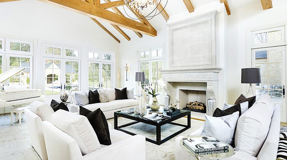 Kim Kardashian. Junto a Kanye West, la socialité adquirió una hermosa mansión ubicada en Calabasas, California, para fijarla como su residencia principal en los Estados Unidos. Les costó US$22 millones. (Fotos: Domaine Home /