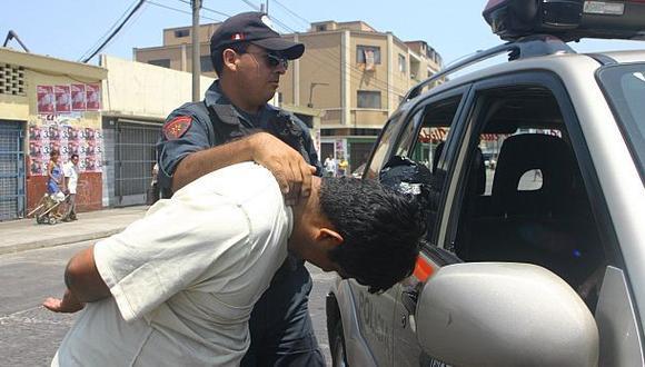 Surquillo: PNP capturó a cuatro presuntos extorsionadores