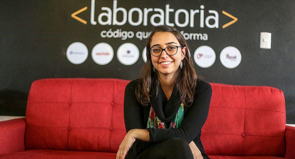 MARIANA COSTA CHECA. En el 2014 creó Laboratoria, la primera escuela para mujeres desarrolladoras web. Fue elegida por la prestigiosa MIT como una de las líderes en innovación menores de 35 años.