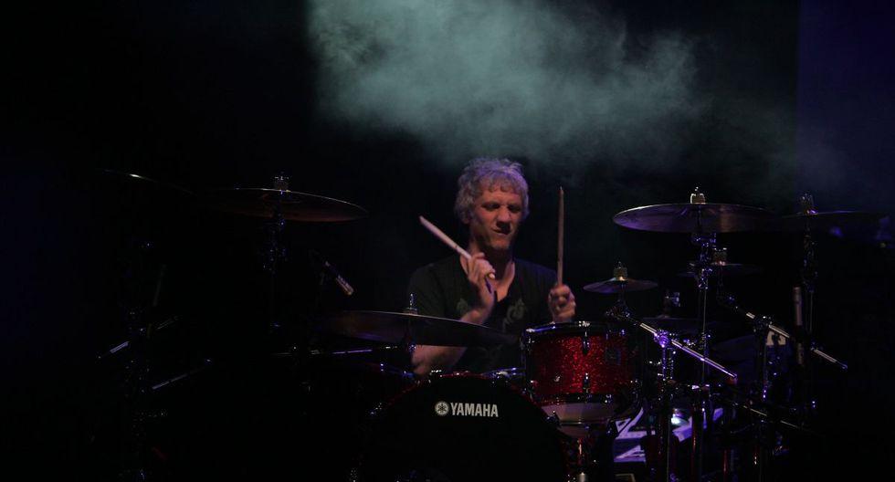 Charly Alberti durante el concierto de la banda en Lima. (Foto: Ernesto Arias/ El Comercio)