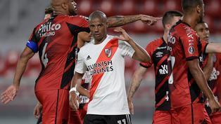River Plate pasó a cuartos de la Copa Libertadores tras derrotar 1-0 a Athletico Paranaense