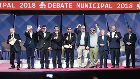 El evento del Jurado Nacional de Elecciones duró unas tres horas. Esta vez, todos los candidatos convocados asistieron a la cita. (Foto: Alonso Chero/El Comercio)