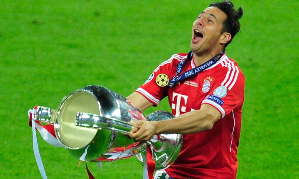 Con 19 títulos, Claudio Pizarro es el peruano más ganador en el extranjero.