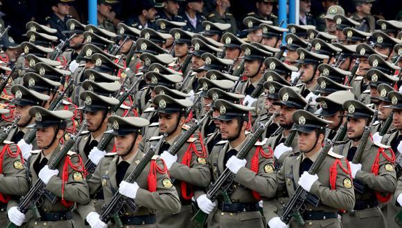 """El Cuerpo de los Guardianes de la Revolución de Irán advirtió este sábado a Estados Unidos de """"un futuro peligroso"""" tras el pacto alcanzado entre Israel y Emiratos Árabes Unidos (EAU) para normalizar sus relaciones el jueves. (Foto: stringer / AFP)."""