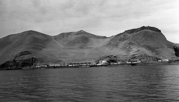 LIMA, 2 DE FEBRERO DE 1961  VISITA A LAS INSTALACIONES DEL PENAL EL FRONTON.  FOTO: GEC ARCHIVO HISTÓRICO