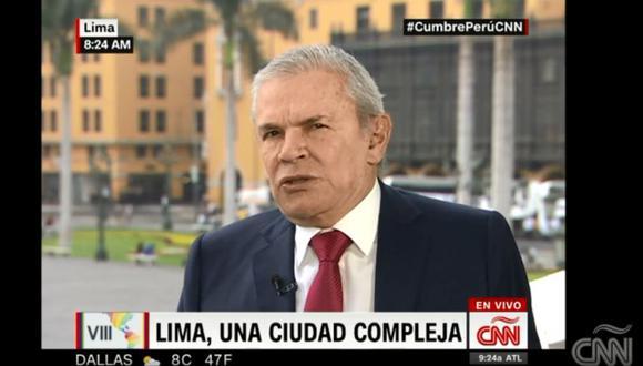 El alcalde de Lima, Luis Castañeda Lossio, dio una entrevista a CNN.