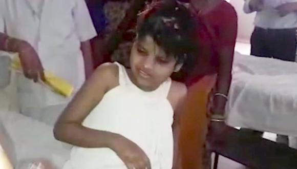 La niña que fue hallada viviendo con monos en bosque de India
