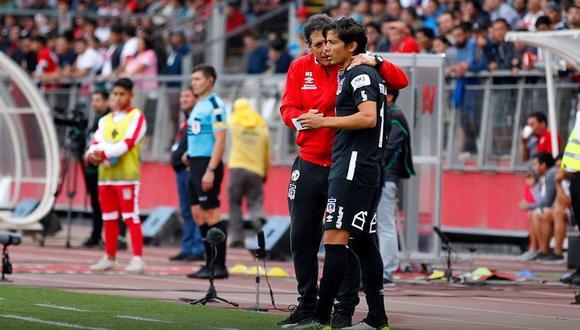 En Colo Colo el 'Comandante' coincidió con el 'Mago' Valdivia, pero no logró sacar lo mejor del volante chileno. (Foto: Colo Colo).