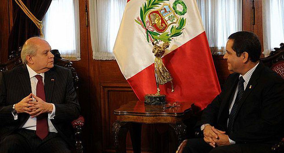 Pedro Cateriano y Luis Iberico se reúnen hoy en el Congreso