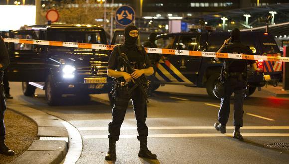 Fuentes del grupo Globalia, al que pertenece la aerolínea Air Europa, aseguraron que fue una falla técnica lo que provocó una falsa alarma de secuestro en el aeropuerto de Ámsterdam, hecho que desencadenó el despliegue de un dispositivo policial y de emergencias en el aeródromo. (Foto referencial, AFP).
