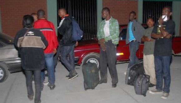 Tumbes: intervienen a 12 haitianos por ingreso ilegal al país
