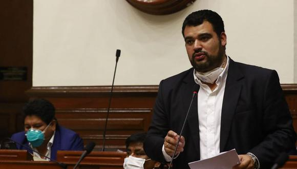 """Guillermo Aliaga resaltó que la interpelación es un """"mecanismo"""" establecido en la Constitución para obtener información sobre las acciones que realiza el Gobierno."""