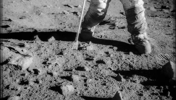 El astronauta Charles Conrad Jr., comandante de la misión Apolo 12, durante una actividad extravehicular en la superficie de la Luna. (Foto: NASA)