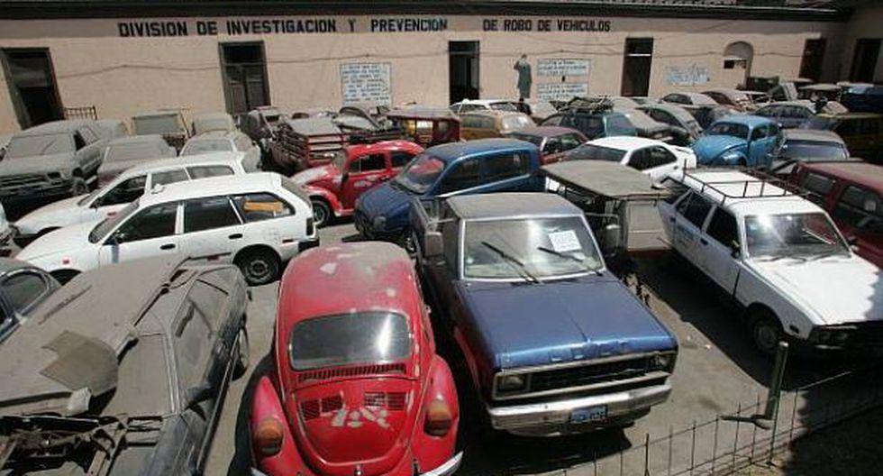 Sujeto vendía autos usados como si fueran nuevos