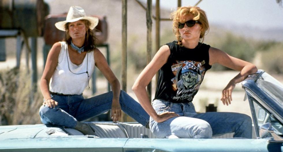 Un viaje a las montañas se convertirá en una aventura en carretera para buscar su libertad plena. Thelma y Louise realizan el recorrido al volante de un Ford Thunderbird descapotable de 1966. (Foto: Difusión).