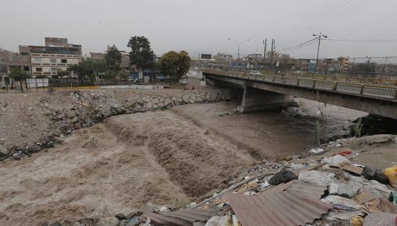Caudal del río Rímac aumentó producto de las intensas lluvias.