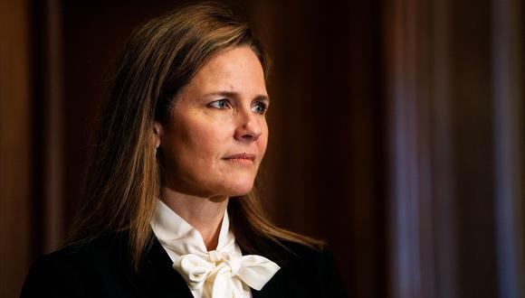 La jueza Barrett ha dicho que su fe no determinará sus decisiones en la Corte Suprema. Ella ha estado vinculada desde niña a People of Praise. (Bloomberg)