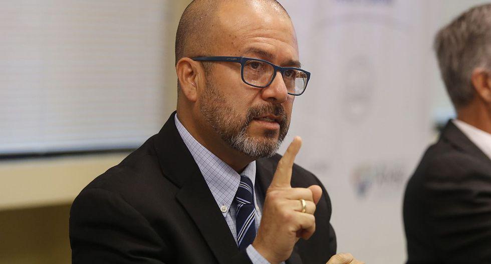 Víctor Zamora, ministro de Salud, dijo que su sector recomienda extender el aislamiento por coronavirus. (Foto: GEC)