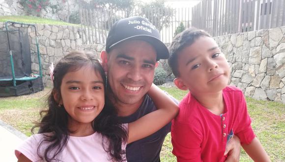 Julio García y sus hijos, Claudia y Gabriel. Este es un repaso sobre su increíble biografía. FOTO: Archivo personal.