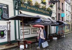 Irlanda, primer país de la Unión Europea en volver a confinarse por el coronavirus, aunque deja escuelas abiertas | FOTOS