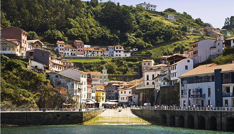 Canabria, España. Esta región española llama la atención de los viajeros internacionales por su enorme variedad de paisajes y recursos (costa y montaña) en un espacio limitado: playas agrestes y de arena fina alrededor de acantilados (más de 90 en 220 kilómetros de costa).  (Foto: Shutterstock)