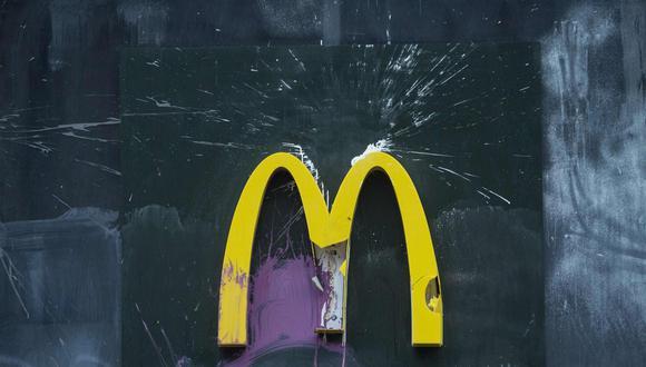 Casos como el de McDonald's, en el que se ha denunciado condiciones de explotación laboral que sufren migrantes, jóvenes e incluso niños en diferentes empresas multinacionales, se han registrado en diferentes países a lo largo de los últimos años. (AFP)