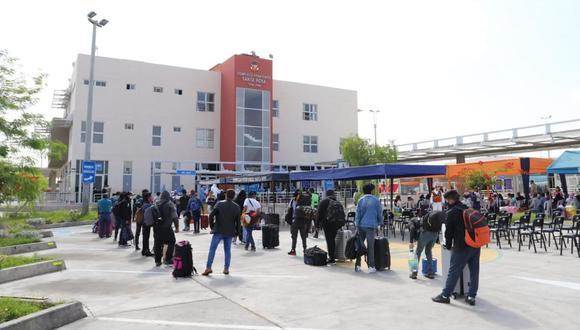 Son 644 las personas de diferentes ciudades del Perú que se encontraban varadas en Arica las que llegaron a Tacna. (Foto: Gobierno Regional)