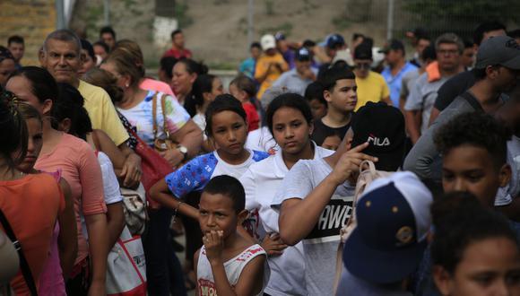 Los migrantes, entre ellos 21 menores de edad, originarios de Guatemala, Honduras, El Salvador, Nicaragua y Ecuador, a quienes se enviará de regreso a sus respectivos países. (AP)