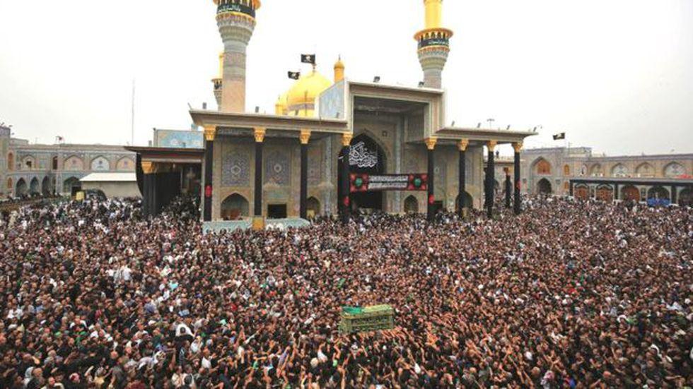 Kadhimiya es un lugar de peregrinación importante para los musulmanes chiitas. (Foto: Getty Images, via BBC Mundo)