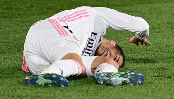 Lucas Vázquez es uno de los jugadores del equipo merengue que no estarán en el partido contra Liverpool. (Foto: AFP)